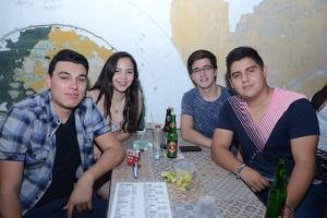 Mario, Marina, Jorge y Óscar.