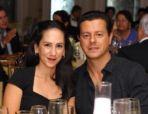 Ana Gaby y Toño.
