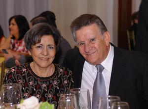 María Eugenia y Francisco.