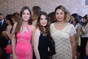 Ale, Ana y Natalia.