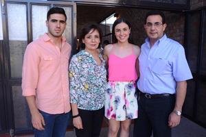 Arturo, Betina, Ana Cecy y Arturo.