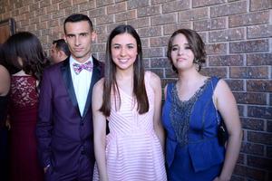 Chacho, Anacecy y Angélica.
