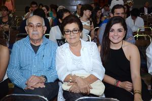 Manuel, Luly y Pamela.