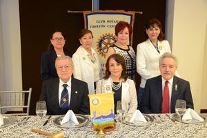 Regina Castillo, Margarita Mendoza, Marypaz Calleros, Maribel de la Cruz, Luis Carlos Reyes, Lucero Martínez e Ignacio Méndez.