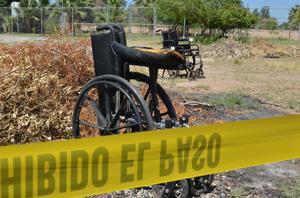 """Un incendio registrado en el asilo """"Hermoso Atardecer"""", ubicado en el ejido Querétaro, del Valle de Mexicali dejó un total de 17 adultos mayores calcinados, cuatro más hospitalizados y 23 rescatados."""