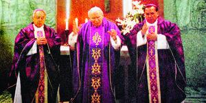 Al día. El Siglo de Torreón en su edición del 13 de octubre daba la noticia del nombramiento del nuevo obispo de Torreón, tras casi seis meses de espera y tras el cambio de Luis Morales.