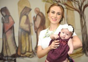 Alejandra Urby con su hija, Elisa Ganem Urby.
