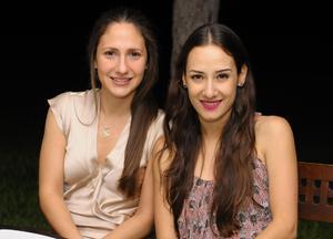 Paulina y Eugenia.
