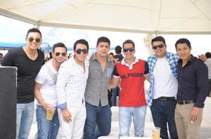Nacho, Martín, Ricardo, Bryan, Miguel, Andrés y Edson.