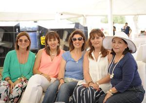 Pilar,Yarelly,Pily,Liza y Elizabeth.