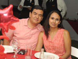 Oswaldo y Patricia.