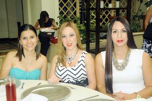 Dafne, Claudia y Maravilla