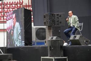 """Ferriz fue el invitado especial del foro """"Cambio yo, Cambia mi entorno""""."""