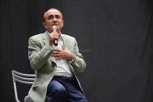 """Pedro Ferriz de Con estuvo en Torreón como conferenciante del foro """"Cambio yo, Cambia mi entorno"""", organizado por la asociación civil Laguna Yo Te Quiero."""
