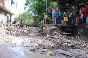 Protección Civil reportó severos daños en 11 colonias de Torreón.