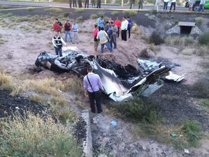 Murieron calcinados luego de que la aeronave se estrelló al intentar realizar un aterrizaje de emergencia.