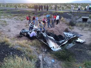 Tres personas fallecieron en el accidente de una avioneta tipo Cessna.