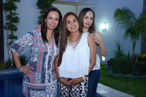 Diana, Laura y Rocío.