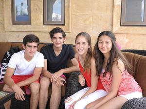 Javier, Carlos, María Martha y Noelie.