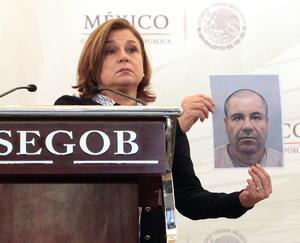 La procuradora Arely Gómez, mostró en conferencia de prensa una fotografía reciente del narcotraficante.