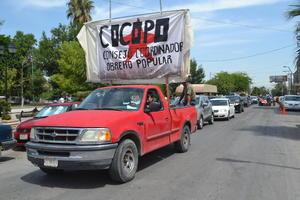 Se dirigieron luego al bulevar Miguel Alemán, a donde llevaron su protesta.