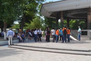 La Plaza de Armas de Gómez Palacio fue el sitio donde se congregaron los maestros.