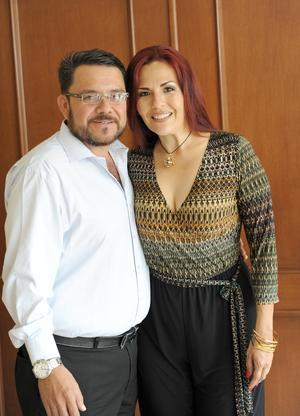 Eduardo Alcázar y Ana Laura Pérez de Alcázar.