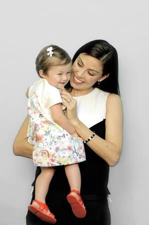 Sandra Destenave con Luciana 1.