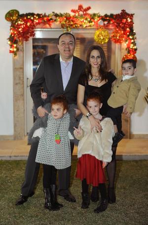 Roberto, Sofía, Marian, Sofi y Roberto