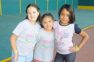 Luciana, Ivanna y Valeria