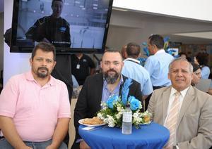 Juan Carlos, Jorge y Fernando