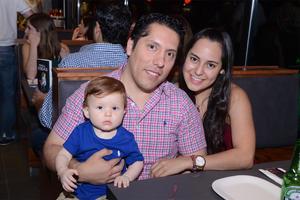 Ernesto, Alejandro y Sofía