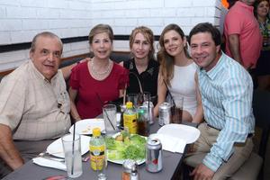 Jorge Eduardo, Flora Luz, Daniela, Florilú y Jorge