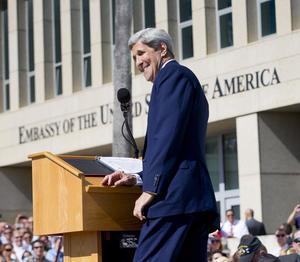"""Llegó el momento del discurso de Kerry, quien tras agradecer a las delegaciones de Cuba y EU, dijo que """"no hay nada que temer"""", ya que serán muchos los beneficios que tendrán ambos países al retomar sus relaciones."""