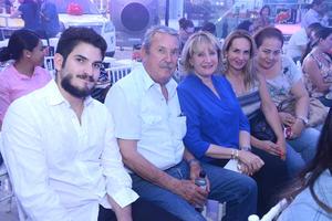 Enrique, Jorge, Mapy, Annel y Adela
