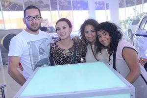 Pablo, Karla, Romy e Ivonne