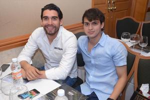Ricardo Macías y Víctor Sánchez