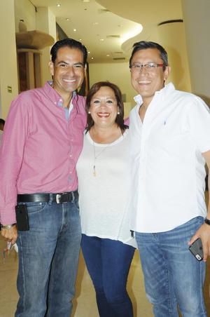 Jorge Luévanos, Martha de la Fuente y Toño Aguilera