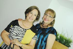 Lourdes y Blanca