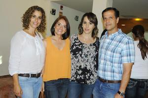 Olga, Titi, Lourdes y Eduardo