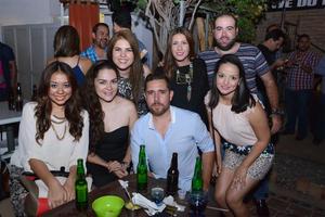 Jessica, Kiara, Óscar, Fabiola, Vero, Alexis y Ruth