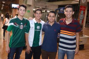 Daniel, Arturo, Jorge y Juan Carlos