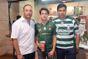 José Antonio, Arturo y Benjamín