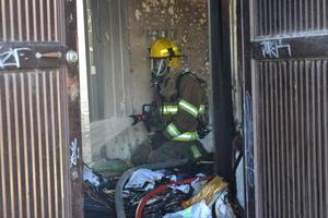 Los bomberos oportunamente acudieron al lugar.