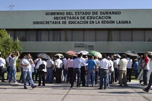 A la par del reinicio de clases, reiniciaron también las protestas de maestros en contra de la Reforma Educativa.
