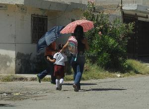 Desde temprano, los niños con uniformes y mochilas volvieron a verse en las calles.