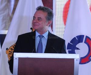 Sobre Coahuila, Coldwell destacó que el Instituto Mexicano del Petróleo lleva a cabo en el municipio de Guerrero, estudios para evaluar el potencial de recursos en la zona.