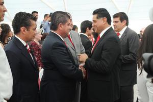 Al evento acudió el gobernador de Durango, Jorge Herrera y el alcalde de Torreón, Miguel Riquelme.