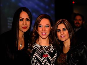 Maravilla, Claudia y Sandra