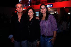 Javier, Adriana y Cecilia